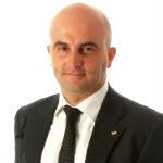 Roberto Pesce Coach finanziario, Diplomato alla Mastery University/Trainer Academy di Anthony Robbins - roberto-pesce-scrittura